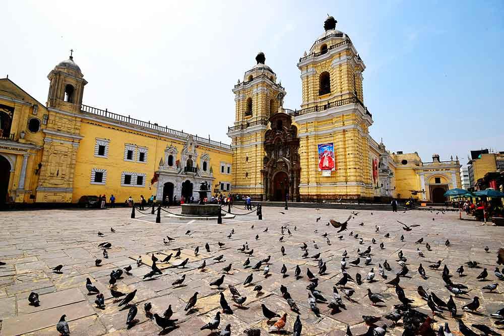 Iglesia de San Francisco en Lima Perú